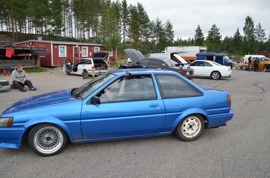 Miikka.: Sininen AE86 Levin _img900